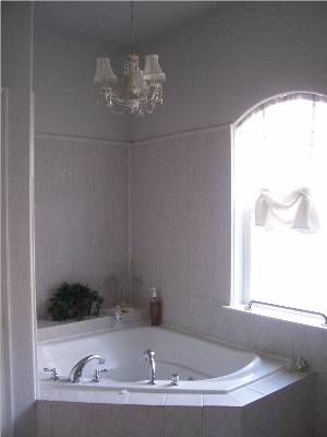 2 person soaking tub - Bed Breakfast close to Yosemite National Park