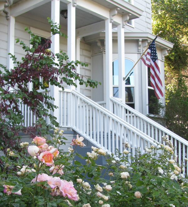Yosemite Rose - a bed and breakfast lodging near Yosemite National Park